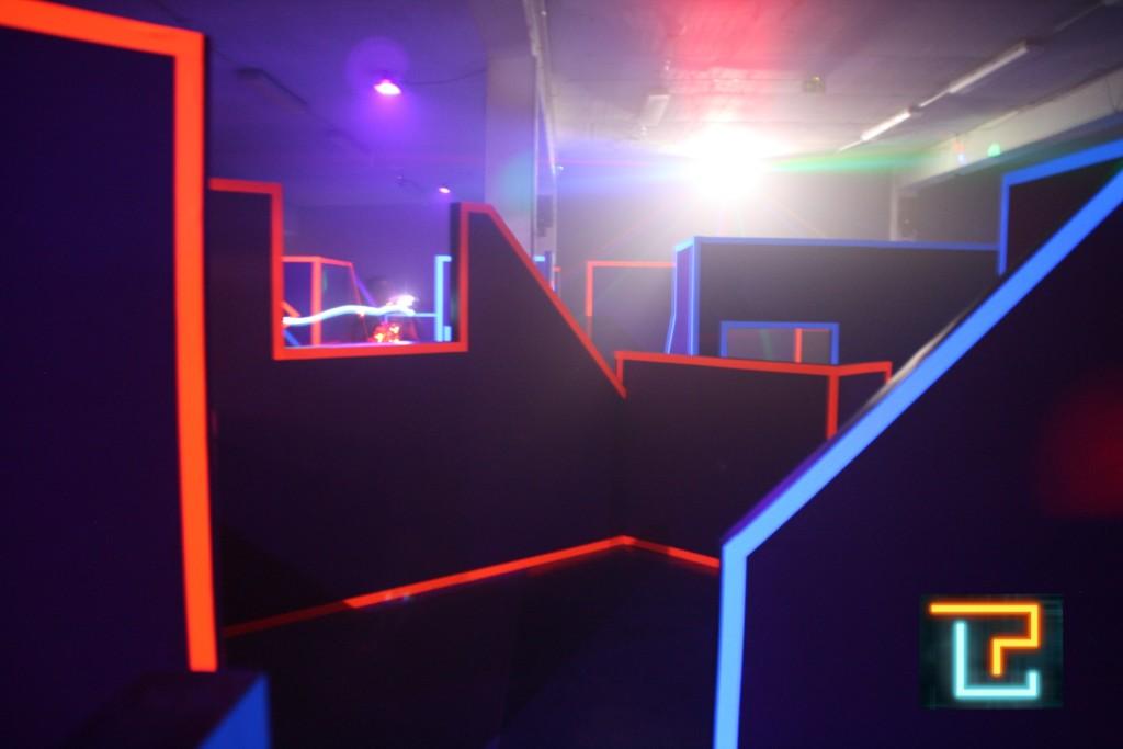 heureka wir haben ge ffnet laserplex lasertag arena d sseldorf. Black Bedroom Furniture Sets. Home Design Ideas